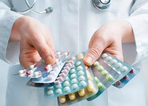 как лечить подагру при помощи медикаментов