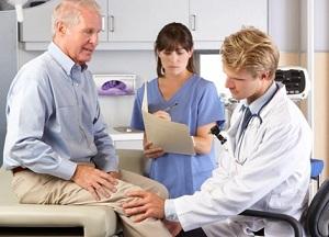 к какому врачу обращаться при артрите и артрозе