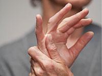 Изображение - На локтевом суставе появилась желеобразная шишка artrit-paltsev-ruk