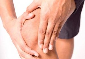 жидкость в коленном суставе лечение