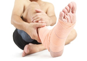 разрыв связок на ноге
