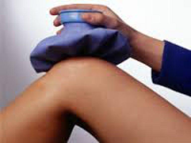 лечение коленного сустава в домашних условиях видео
