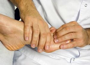 как лечить ушиб пальца на ноге
